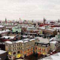 Вид на город :: Лариса Журавлева