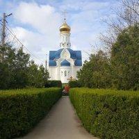 Храм. :: Игорь Карпенко