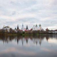 Осень в Москве :: Олег Пученков