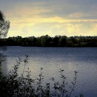 Озеро...... :: Валерия  Полещикова