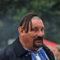 О крупных мужчинах... :: Павел Петрович Тодоров