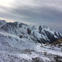 Снежные горы прекрасны. :: Anna Gornostayeva