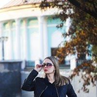 / :: Polina West