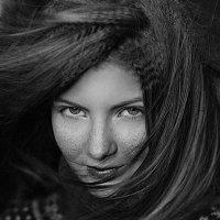 ветер в волосах :: Полина