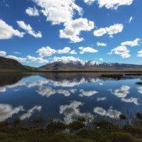 Облака, горы и озеро. :: Sven Rok