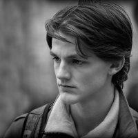 Молодой человек :: Юрий Гординский