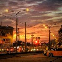 Закат и светофор :: Ирина Сивовол