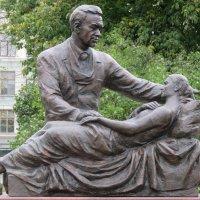 Памятник Ф.Г. Углову :: genar-58 '