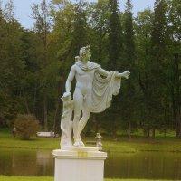 Скульптура в парке. :: Татьяна