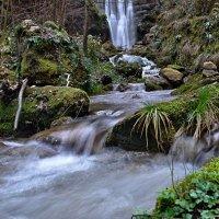 течет ручей, бежит ручей... :: Elena Wymann