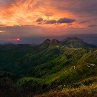 Вечернее безмолвие гор :: Сергей Месилов