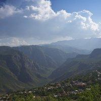 Армения. Дорога на Нораванк. Armenia. Road to Noravank. :: Юрий Воронов