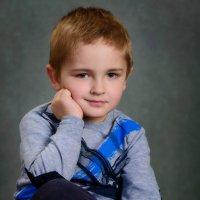 портрет мальчика :: Владимир Павленко