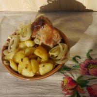 картошка с грудинкой и пассерованным луком. :: Дмитрий Гринкевич