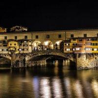 Bridge Ponte Vecchio in Florence :: Dmitry Ozersky