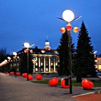 Аллея красных фонарей :: Marina Pavlova