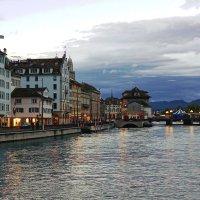 Осенний вечер в Цюрихе :: mikhail