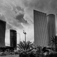 Тель Авив перед грозой :: Евгений Якубсон