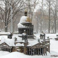 Исаакиевский собор в снегу :: Valerii Ivanov