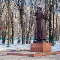 Москва. Памятник Рабиндранату Тагору. :: Виталий Лабзов