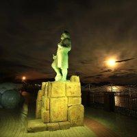 Памятник М.Волошина. :: Геннадий Валеев