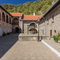 Кикский монастырь о. Кипр. :: Андрей Самсонов
