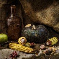Натюрморт с кукурузой и зеленой тыквой :: Валерий Голоха