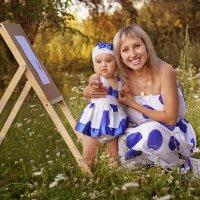 Маленькая Емилия и ее мама) :: Lyuda Kr.