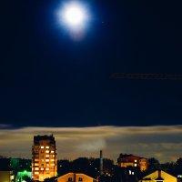 Ночь... :: Влад Никишин