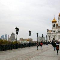 дорога к храму :: Олег Лукьянов