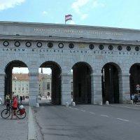 Триумфальная арка :: Ольга