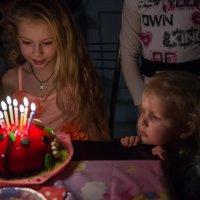 Сегодня день рожденья твой! :: Ирина Данилова