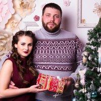 Пара в студии Новый год :: Valentina Zaytseva