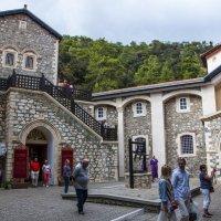 Монастырь Киккос на Кипре :: Олег Oleg