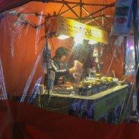 ночной сеульский стрит :: Sofia Rakitskaia