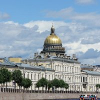 Вид на купол Исаакиевского собора с р. Мойки :: Елена Павлова (Смолова)