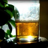 О смысле бытия: стакан наполовину пуст, иль вполовину полон? :: Андрей Заломленков