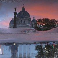 отражение Троицкого собора :: Елена
