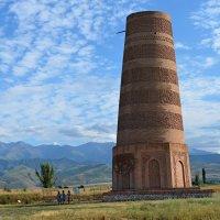 Башня Бурана 12 века. :: Radeey Teng