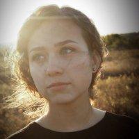 Девушка в поле :: Катерина Ефремова