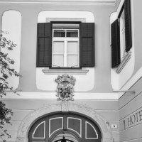 Отель у старого замка :: M Marikfoto
