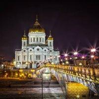 Ночные огни храма :: Игорь .