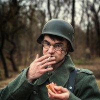 Война войной,а... :: Вадим