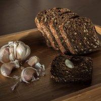 Хлеб и чеснок :: Elena Ignatova