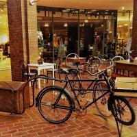 Рождество (серия). В торговом центре. Старый велосипед :: Nina Yudicheva