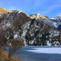 Озеро Иссык в ноябре. :: Anna Gornostayeva