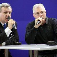 в два голоса :: Олег Лукьянов