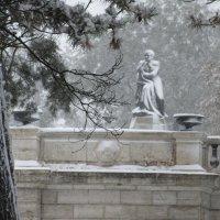 Памятнику не холодно...Хорошо или плохо.(Лермонтову) :: Вячеслав Медведев