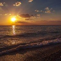 Тёплый морской вечер :: Юрий Клишин
