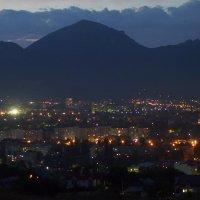 ночные огни над Бештау :: Ник Карелин
